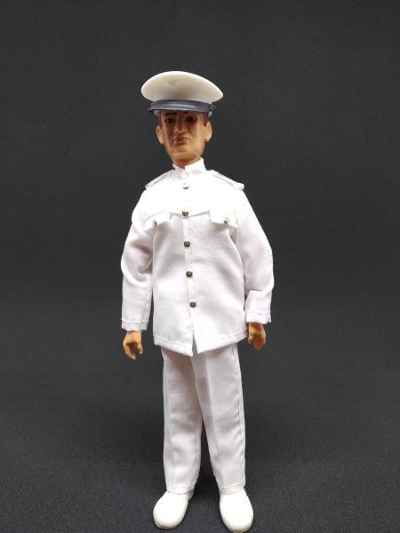 marinero_oficial_negro